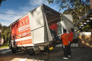 platinum removals truck